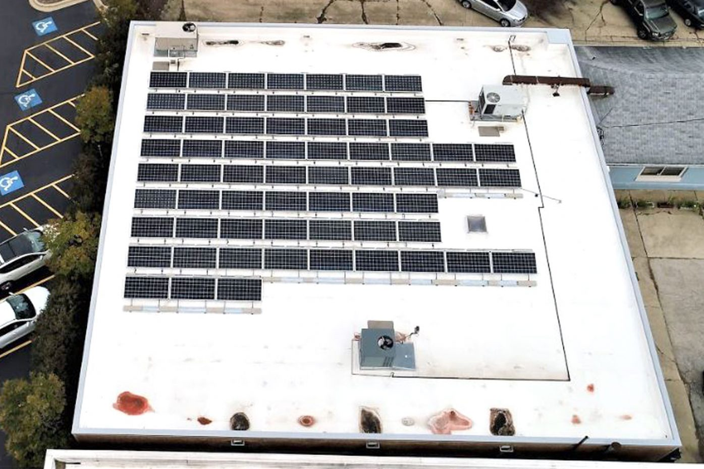 Commercial Solar installation in Geneva, IL - Rethink Electric