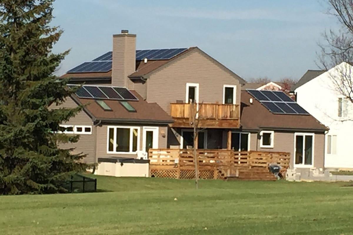 Residential Solar Install in Carol Stream, Illinois - Rethink Electric